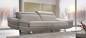 Custom made sofa by Calia Maddalena